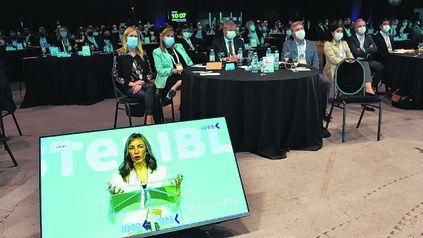 El coloquio de Idea fue semipresencial en Buenos Aires.