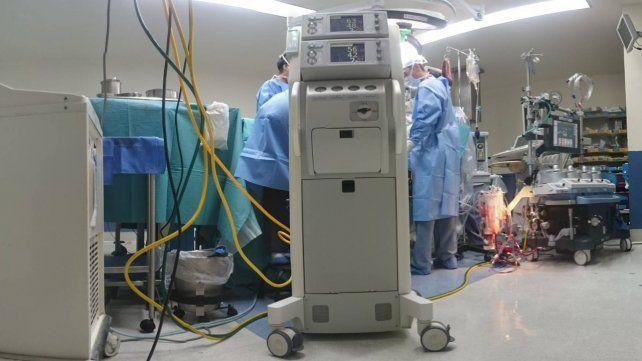 Las autoridades sanitarias indicaron que1.682 personas cursan la enfermedad en unidades de terapia intensiva.