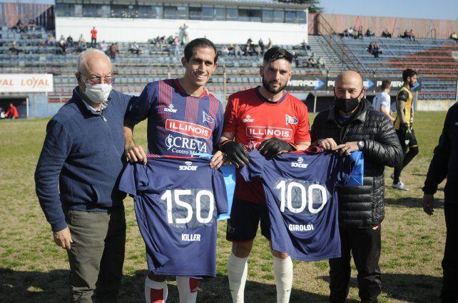 La dirigencia charrúa le entregó un reconocimiento a Paulo Killer y Matías Giroldi, por sus partidos defendiendo la camiseta de Córdoba.
