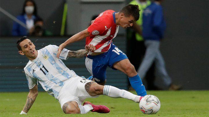 Con buen Angel de inicio, Argentina ya clasificó a los cuartos de final