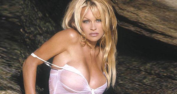 Pamela Anderson hizo una inesperada confesión pública