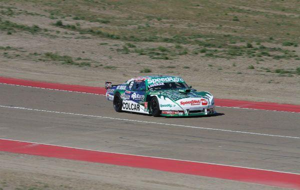 Chivo. Canapino clavó el mejor tiempo en una jornada buena para Chevrolet y Dodge