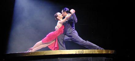 Bailar tango puede beneficiar a pacientes con Parkinson y Alzheimer