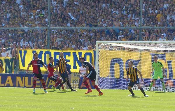 Central dejó pasar la oportunidad de acercarse al puntero San Lorenzo
