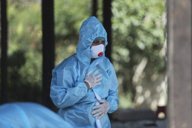 Coronavirus: informaron 17.381 nuevos casos y 496 muertes en 24 horas en Argentina