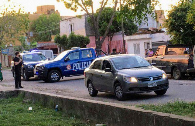La víctima fue acribillada arriba de su vehículo. (Foto: gentileza Juan José García)