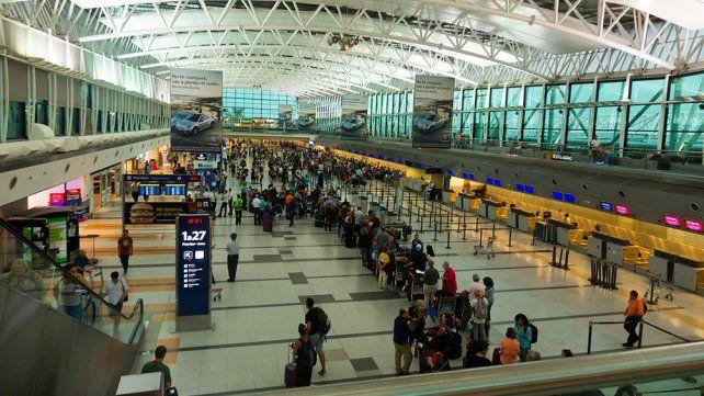 Todos los vuelos internacionales llegan al aeropuerto de Ezeiza.