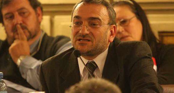 El senador Calvo contra el incremento del impuesto inmobiliario y rural