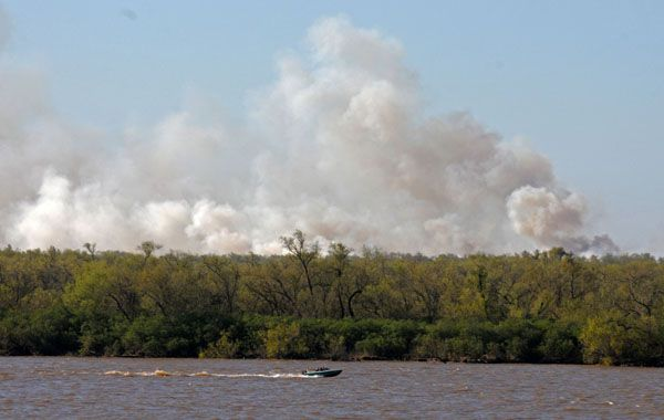El humo en las islas entrerrianas