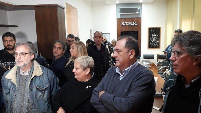 Reunión. Unos 30 gremios rosarinos marcharán a la plaza Montenegro. Pero buscan unificar con otros sectores.