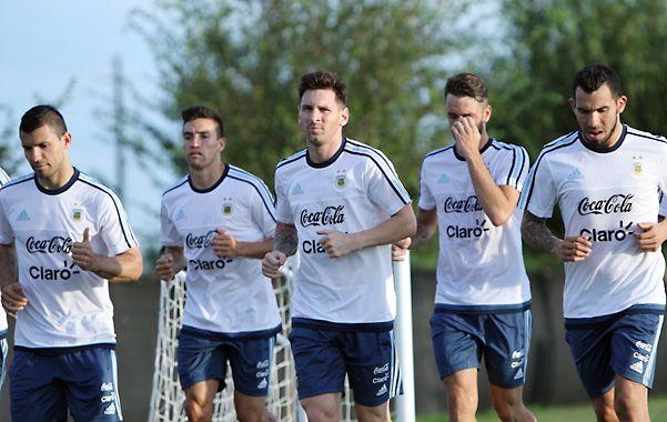 Regenerativo. El seleccionado entrenó ayer tras golear a Bolivia por 7 a 0.