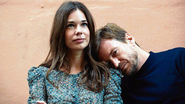 Dos a quererse. Pfening hará pareja con la actriz española Laia Costa.