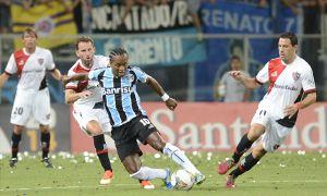 El minuto a minuto del partido de Newells en Brasil