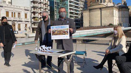 El intendente Javkin durante la presentación del mural homenaje a Manuel Belgrano que será pintado en el pasaje Juramento.