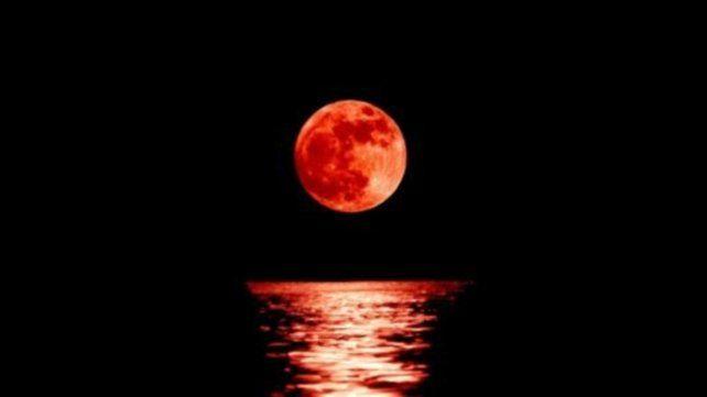 La madrugada de este 26 de mayo se podrá ver un eclipes lunar total
