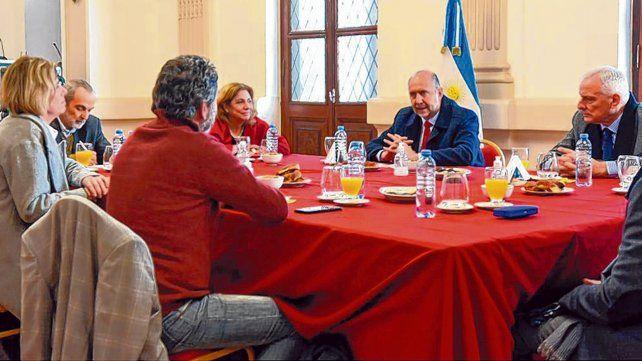 encuentro satisfactorio. El jefe de la Casa Gris encabezó la reunión de ayer en la capital de la provincia.