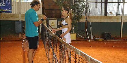 Victoria Vanucci perdió en el tenis, pero no se animó a un striptease por televisión
