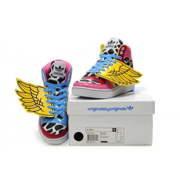 Adidas será una de las marcas que estará en la liquidación digital.