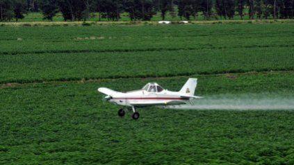 Los aviones agrícolas se usan por lo general para la aplicación aérea de plaguicidas o fertilizantes.