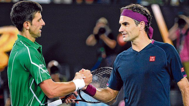 En la red. Federer y Djokovic protagonizaron grandes batallas