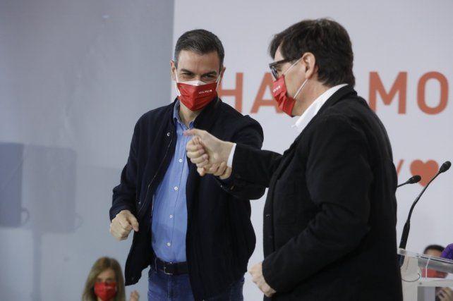Pedro Sánchez y Salvador Illa durante un acto de campaña este sábado en Tarragona.