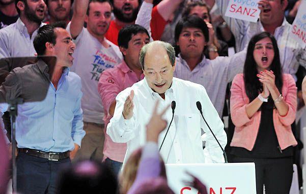 """Con aliento. Sanz se mostró como el constructor de """"una nueva mayoría""""."""