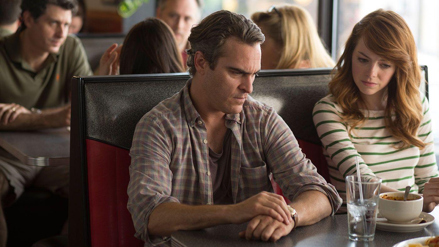 Relación compleja. Emma Stone y Joaquin Phoenix protagonizan una historia de amor entre profesor y alumna