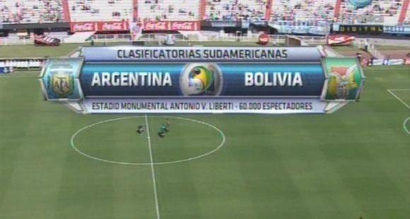 Argentina volvió a defraudar y se fue silbado del Monumental