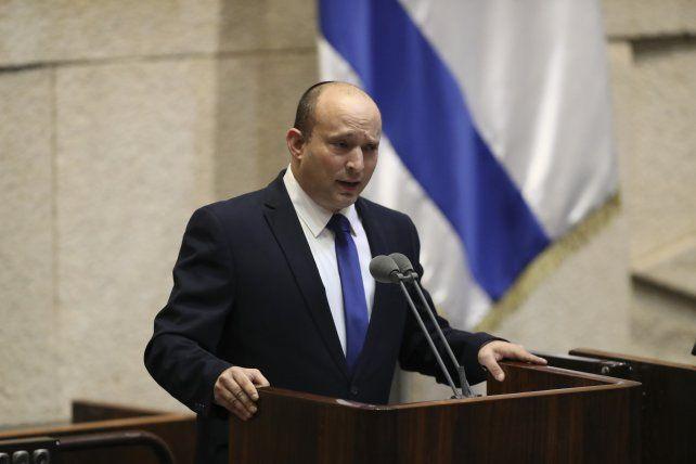 Naftali Bennett da su primer discurso en el Parlamento isralí en condición de jefe del Ejecutivo.