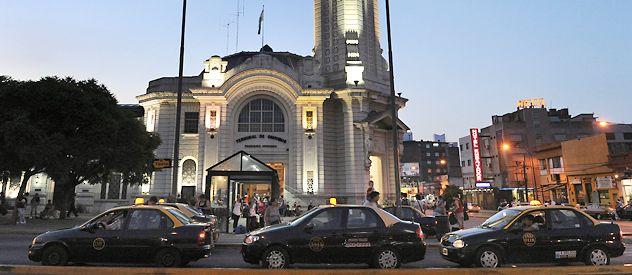 Los taxistas habían lanzado un paro nocturno para lunes