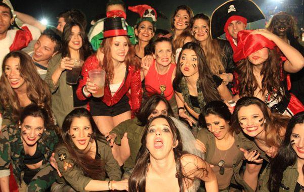 Fiesta y alegría. Los jóvenes fueron protagonistas en Paraná.