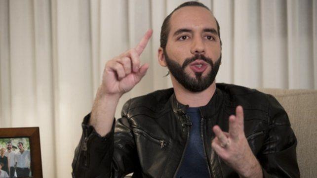Bukele se autoproclamó dictador de El Salvador en su cuenta de Twitter.