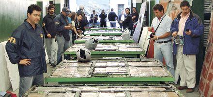 Decomisan 1.100 kilos de cocaína que iban a España y apresan a 20 personas