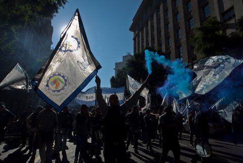 Protesta. La UOM reclama un aumento salarial del 30%.