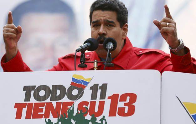 Dialoguista. Nicolás Maduro encabezó ayer los actos conmemorativos del 12 aniversario del golpe contra Chávez.
