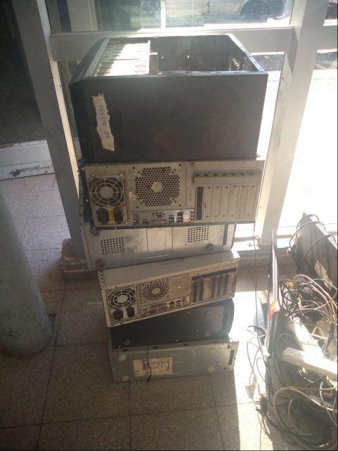 Parte de la CPU secuestradas en calle Larrea.