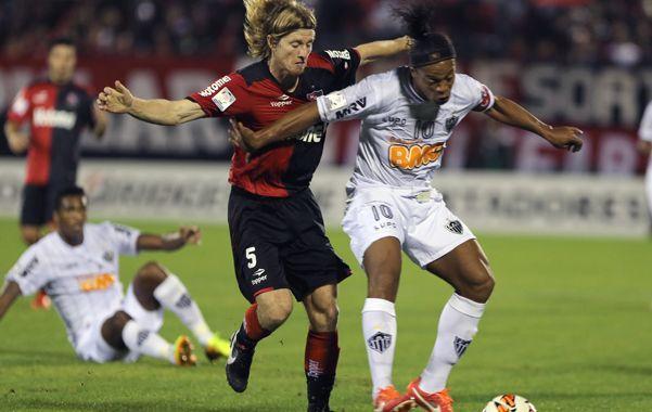 """""""A Ronaldinho no lo dejamos jugar tranquilo. Cuando tuvo la chance de escaparse metió una pelota de gol bárbara"""""""