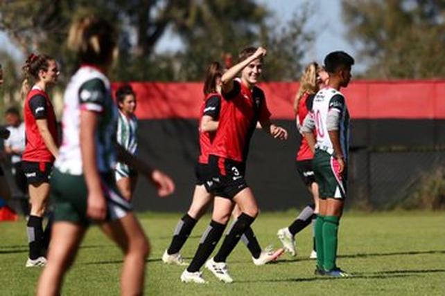 Newells goleó 4 a 0 en el Femenino de AFA a Laferrere.