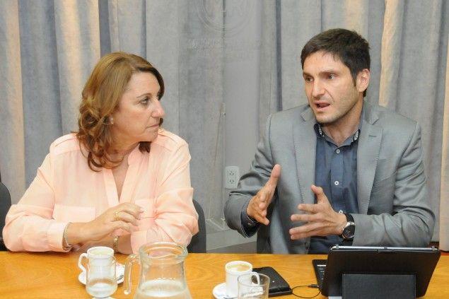 La intendenta Mónica Fein y el ministro de Seguridad Maximiliano Pullaro coincidieron en que en Rosario hay gran cantidad de armas.