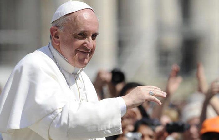 La docente contó que le pidió al Papa que rezara por el alma de Agustín y porque vuelva la paz al jardín.