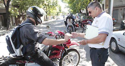 Cappiello aseguró que en Rosario se labraron más de 75 mil actas de infracción en el último mes