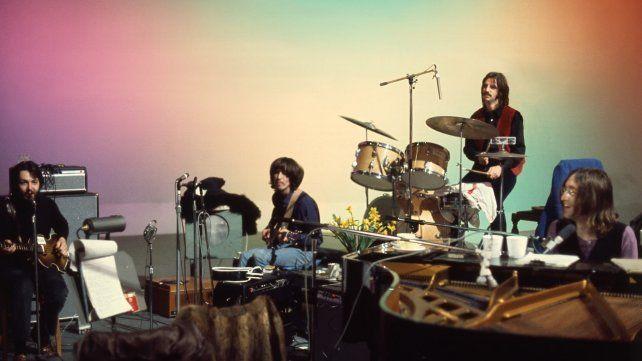 """El envío refleja el período en el que Los Beatles crearon las canciones de los discos """"Abbey Road"""" y """"Let It Be""""."""