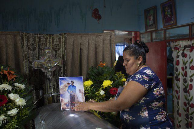 El velorio del periodista Valdivia