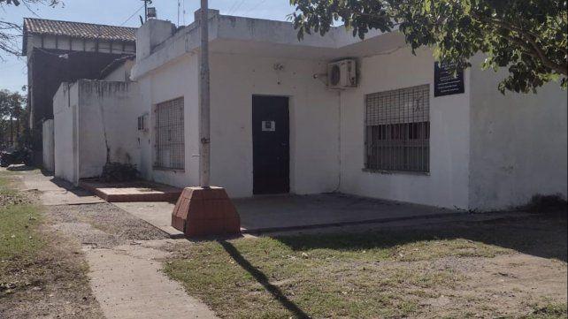 La repartición donde se produjo el hecho funciona en un edificio ubicado entre los bulevares Lisandro de la Torre y Argentino.