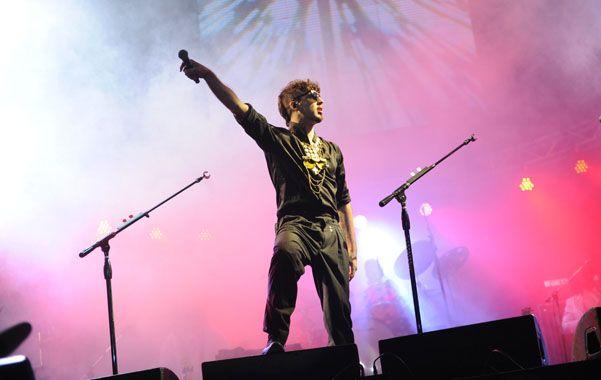 Dante es cantante y compositor argentino y forma parte de la banda Illya Kuryaki and the Valderramas.