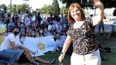 Patricia Bullrich, exministra de Seguridad de Mauricio Macri, durante la charla con los jóvenes del PRO frente al Monumento.