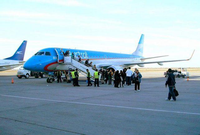 La tripulación argentina de un avión permitió rescatar a una víctima de trata en un vuelo