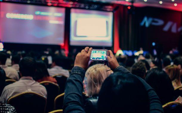 Expectativa. El encuentro de comercio electrónico organizado por la Asociación de Profesionales en Marketing desbordó de asistentes.