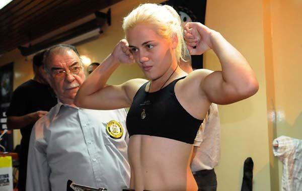 La boxeadora cumple los últimos días de entrenamiento en Villa Gobernador Gálvez.