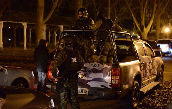 Operativo. El martes 5 de agosto agentes de la TOE y Drogas hicieron 23 allanamiento y no encontraron a Montanaro.